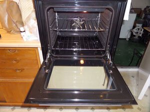 Single Oven Clean - By Ovenmagic